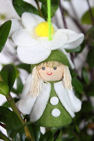 3er Set Filzfigur Blumenkind in weiß z. Stellen oder Hängen