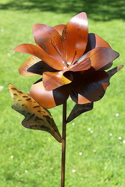 Gartendekoration Metall Lilie