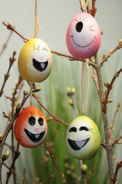 Osterdeko 12er Set lachende Ostereier zum Hängen
