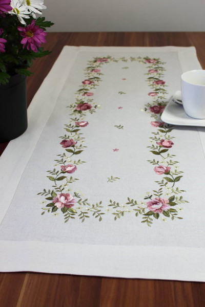 Set, Läufer oder Deckchen altrosa Röschen