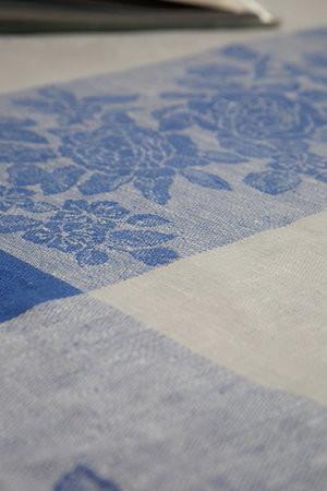 Leinentischdecke blau und weiß